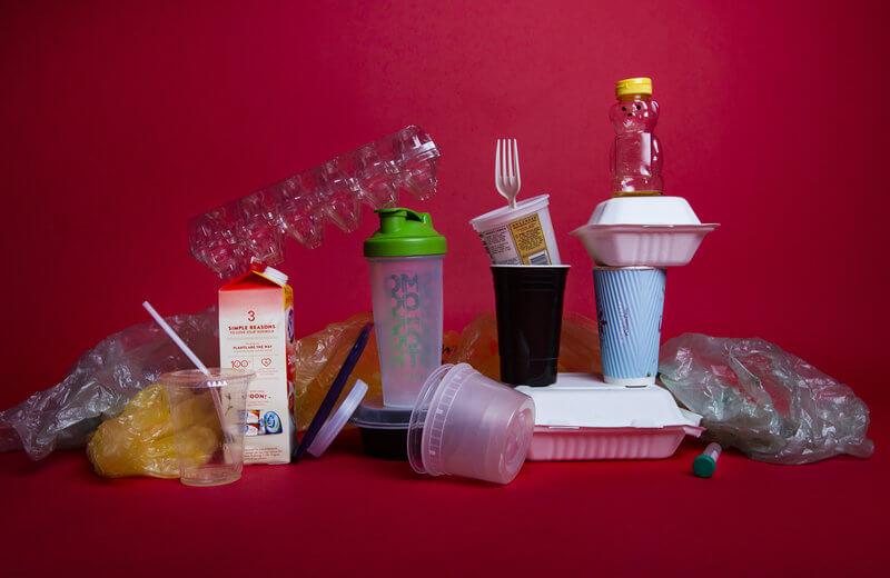 ظرف پلاستیکی