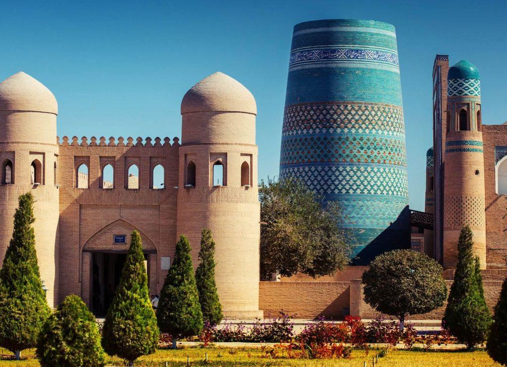 کالتا منار در ازبکستان، شهر خیوه