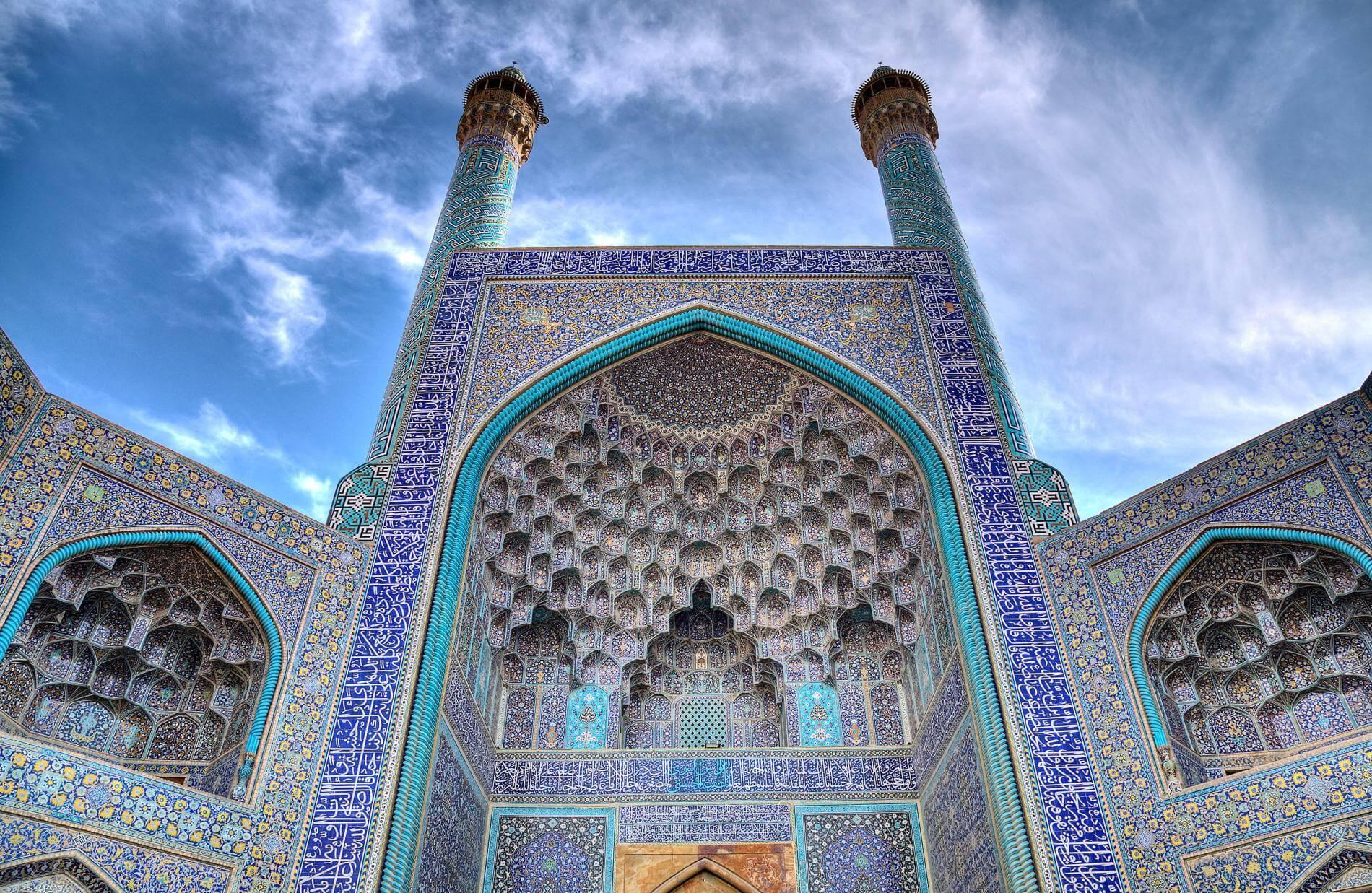 زیباترین موزاییک کاری های دنیا کجا هستند؟ ۹ بنای تماشایی از اصفهان تا بارسلون