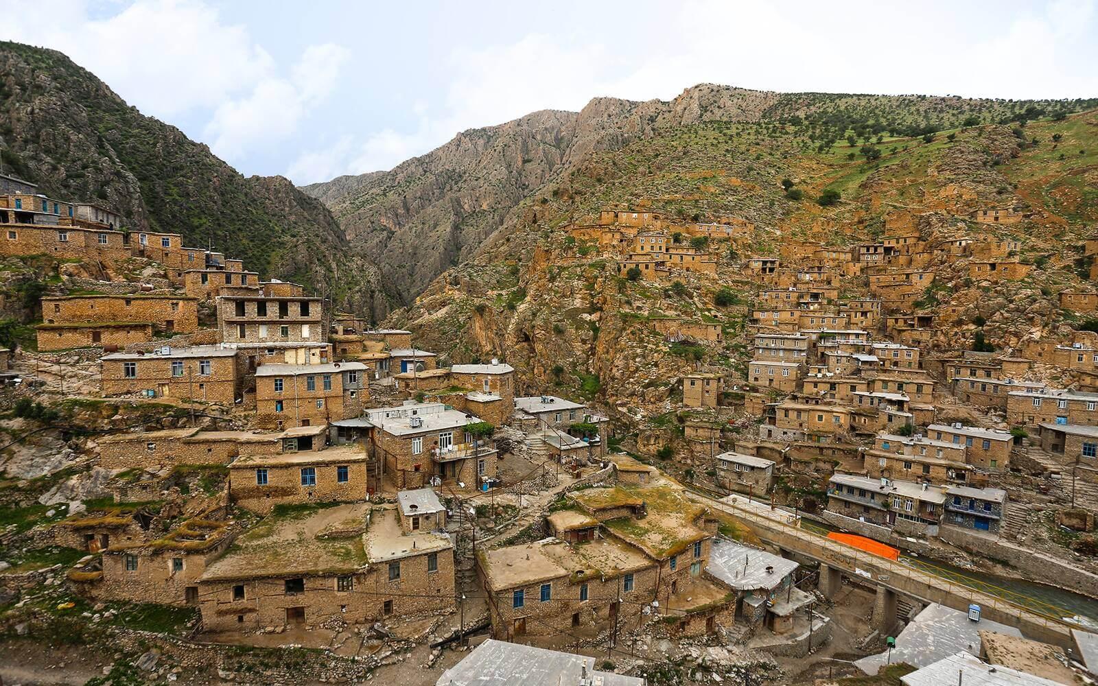 روستای سنگی پالنگان