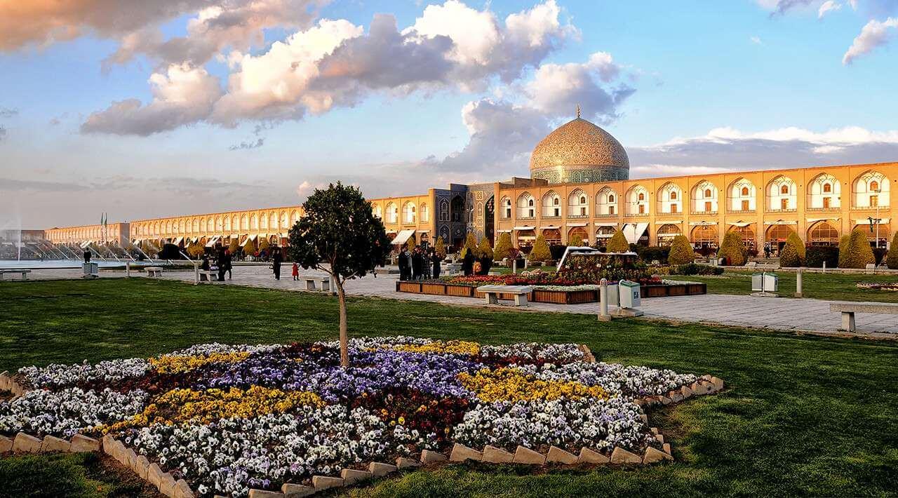مسجد میدان امام اصفهان