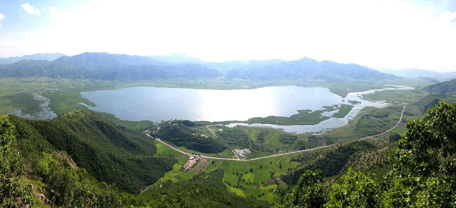 دریاچه زریوار ؛ نگین فیروزهای غرب کشور