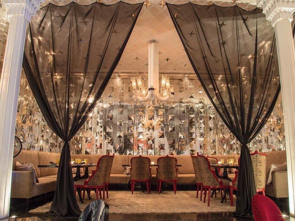 رستوران دیوان ؛ ترکیب بینظیر سبک مدرن و سنتی