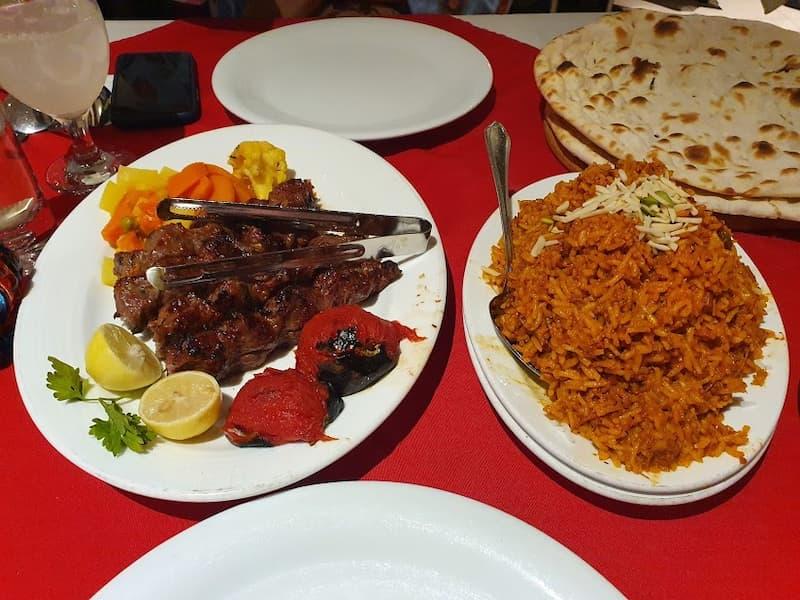 غذاهای تند و تیز رستوران تاج محل