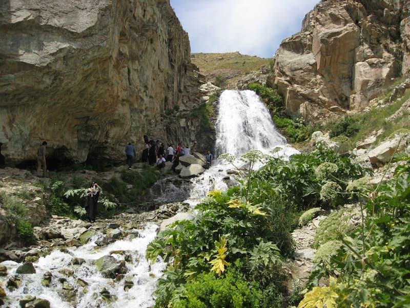 آبشار شکراب آهار