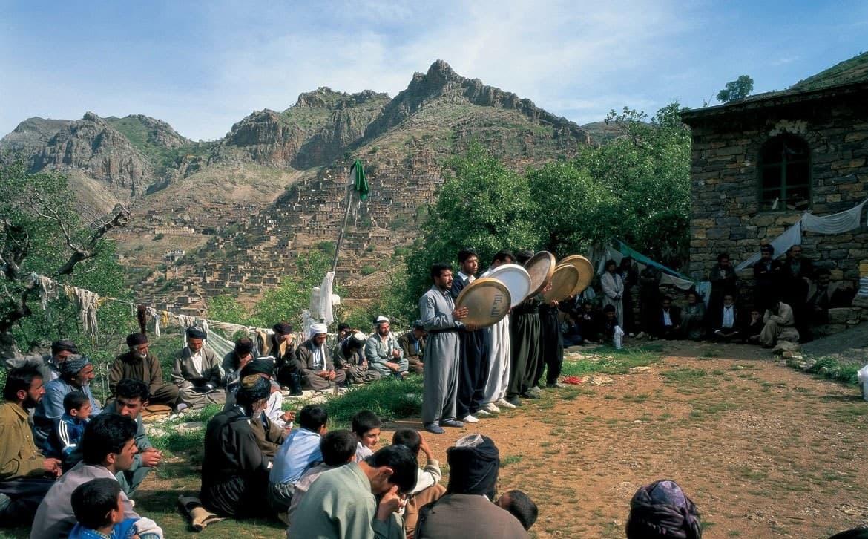 مراسم جشن مقبره پیر شالیار