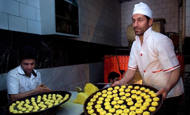 سوغاتی کرمانشاه؛ نان برنجی و کاک
