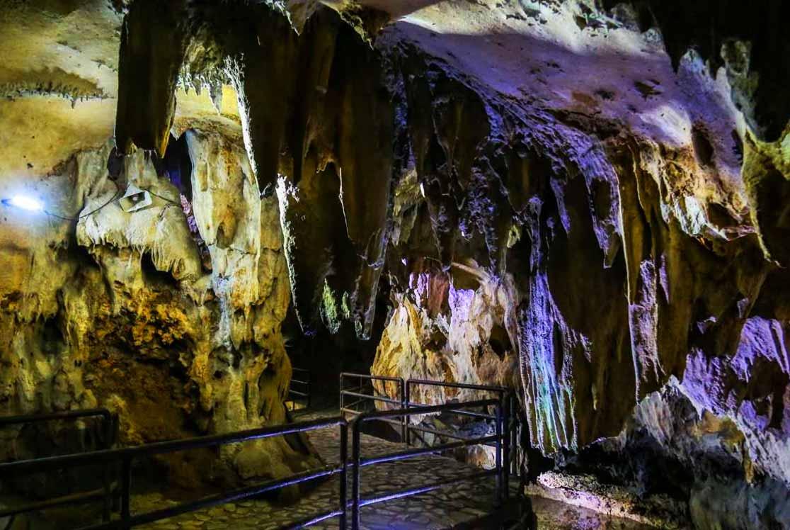غار قوری قلعه باستانی