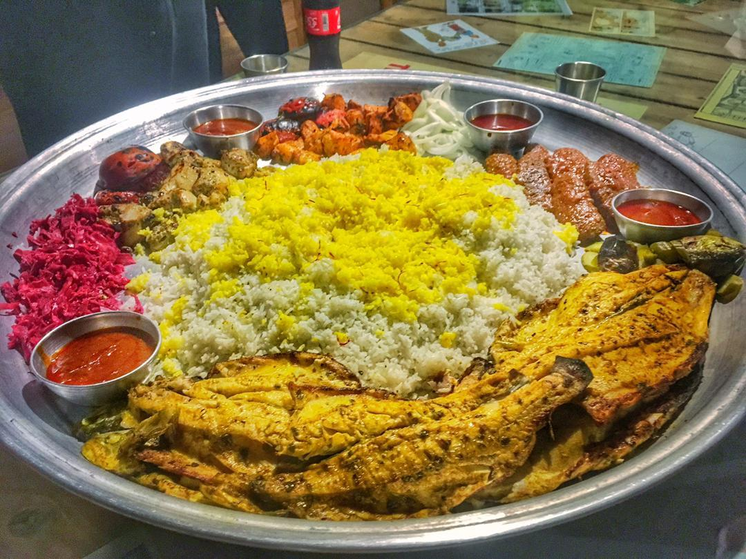 غذای محلی در اقامتگاه ارزان شمال